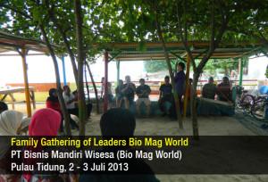Family Gathering Bio Mag World 2013